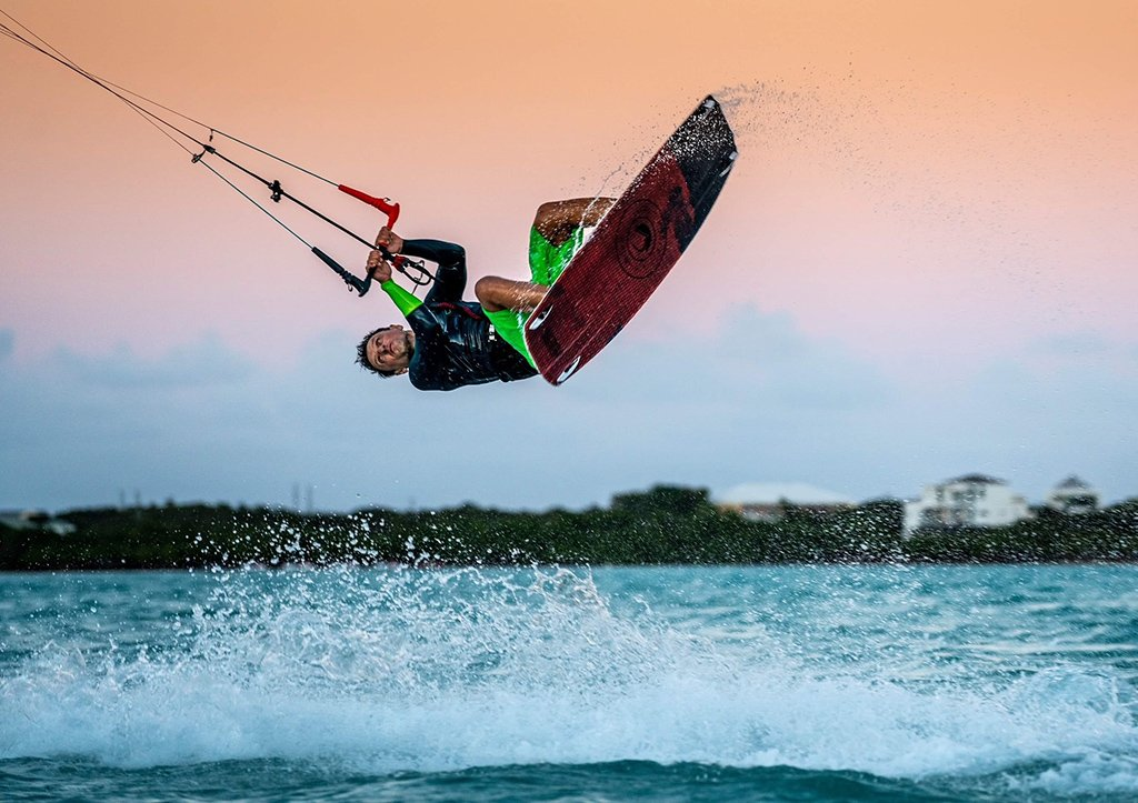 Claudiu Barbura Kiteboarding